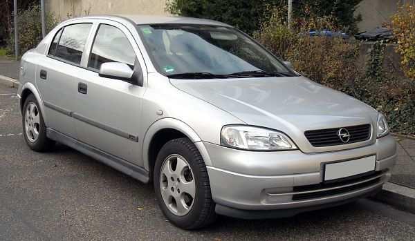 Opel Astra третье место