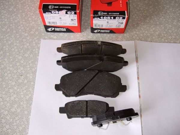 керамические тормозные колодки