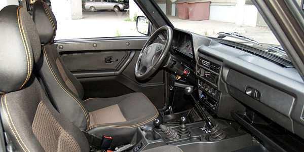 Lada 4x4 Urban салон