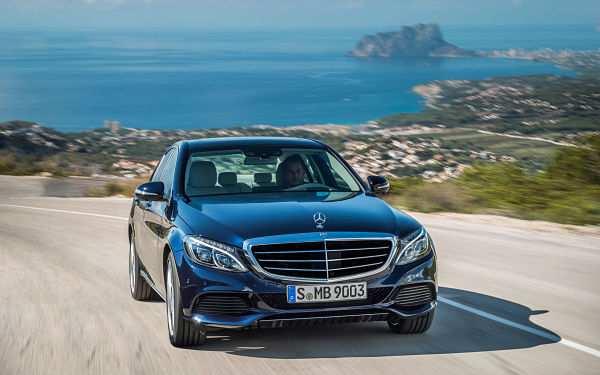 седан Mercedes-Benz C-Класс