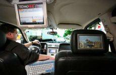 Какой телевизор поставить в машину — рейтинг лучших моделей